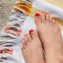 PediMe Gel Nail Adhesives for Toes
