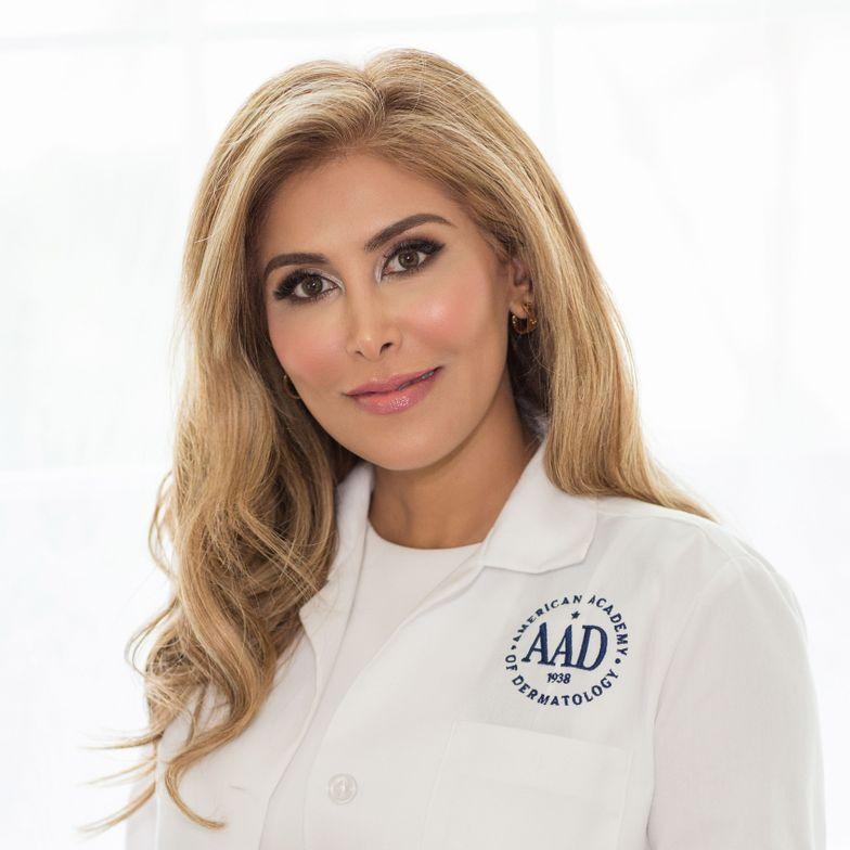 <p>Dr. Elizabeth Bahar Houshmand</p>
