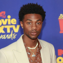 How-To: Jonathan Daviss' Style Details for the MTV Awards