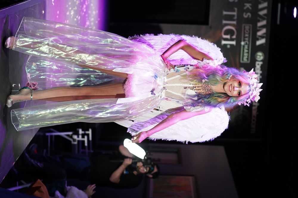 <p>ON THE RUNWAY</p>