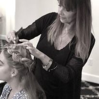 7 Steps to Prep for the Perfect Updo