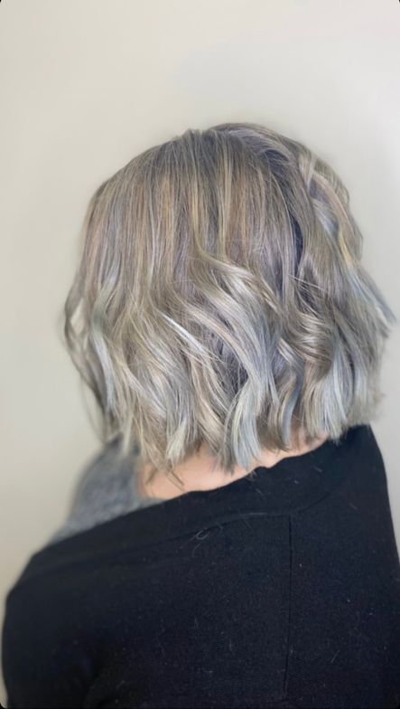 """<p>Hair by <a href=""""https://www.instagram.com/hairstylist.kate/"""">@hairstylist.kate</a></p>"""