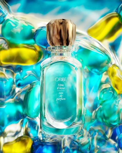 Côte d'Azur--Oribe's signature scent--features citrusy Calabrian bergamot, white butterfly jasmine and the creamy warmth of sandalwood.  -