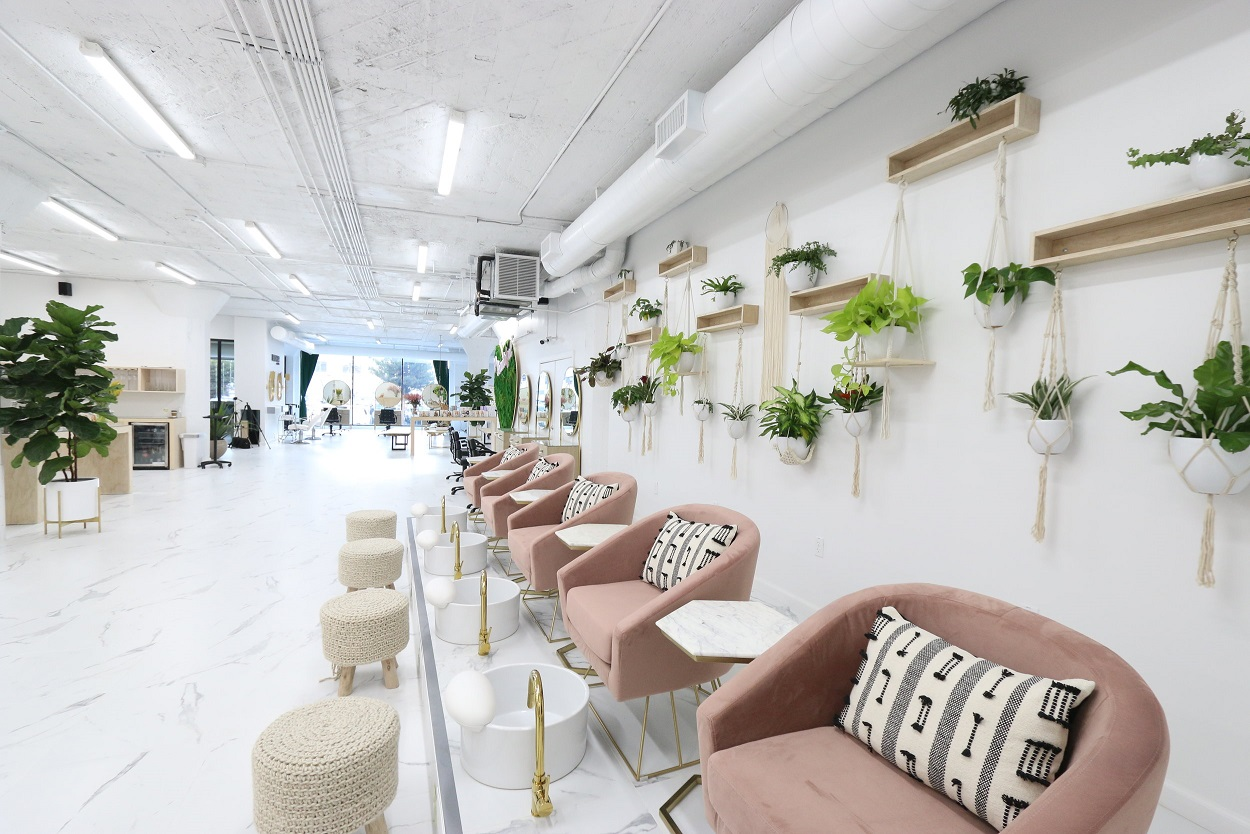 New Hybrid Beauty School Launches in Los Angeles