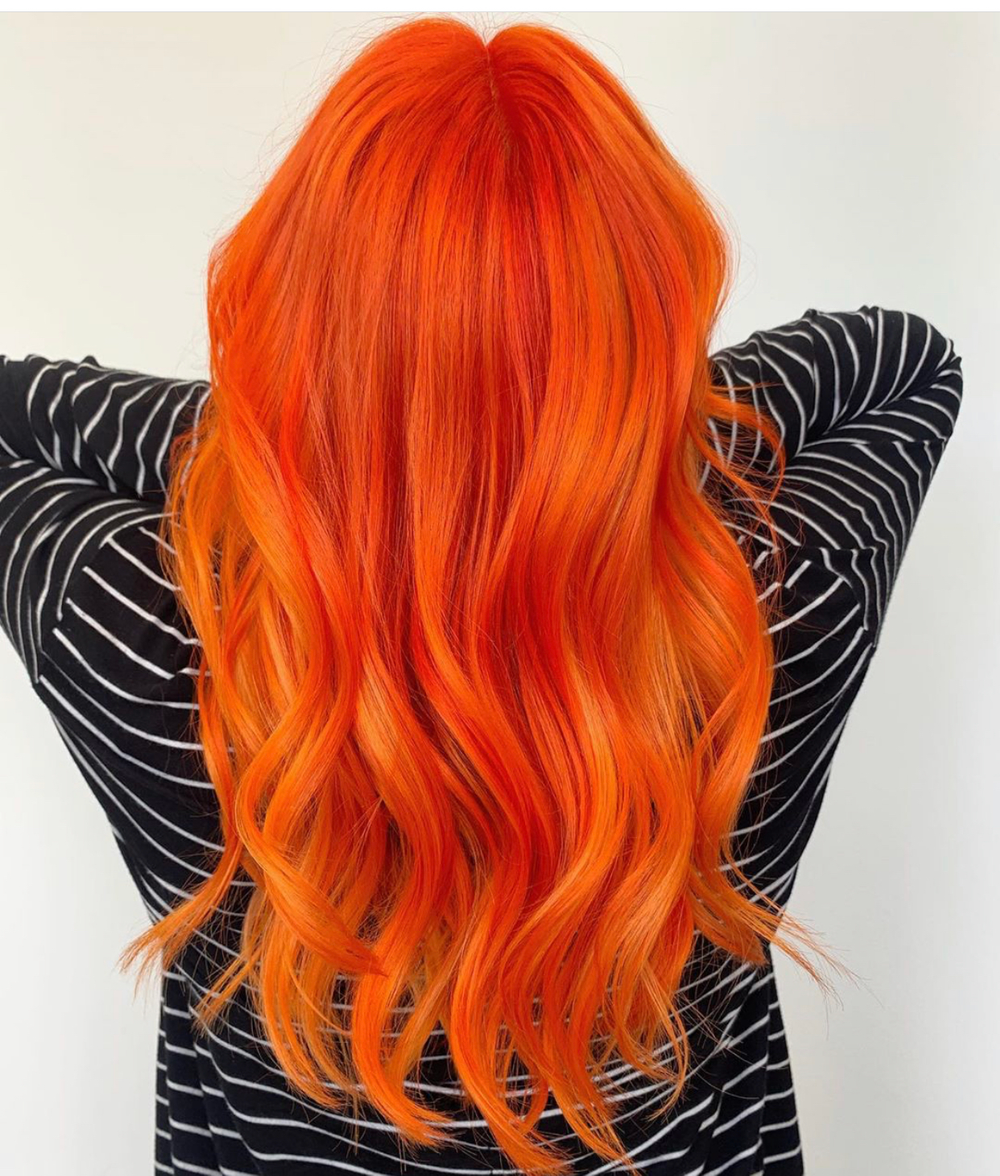 <p>For this firey red, @kinganthonyyyy used<br />