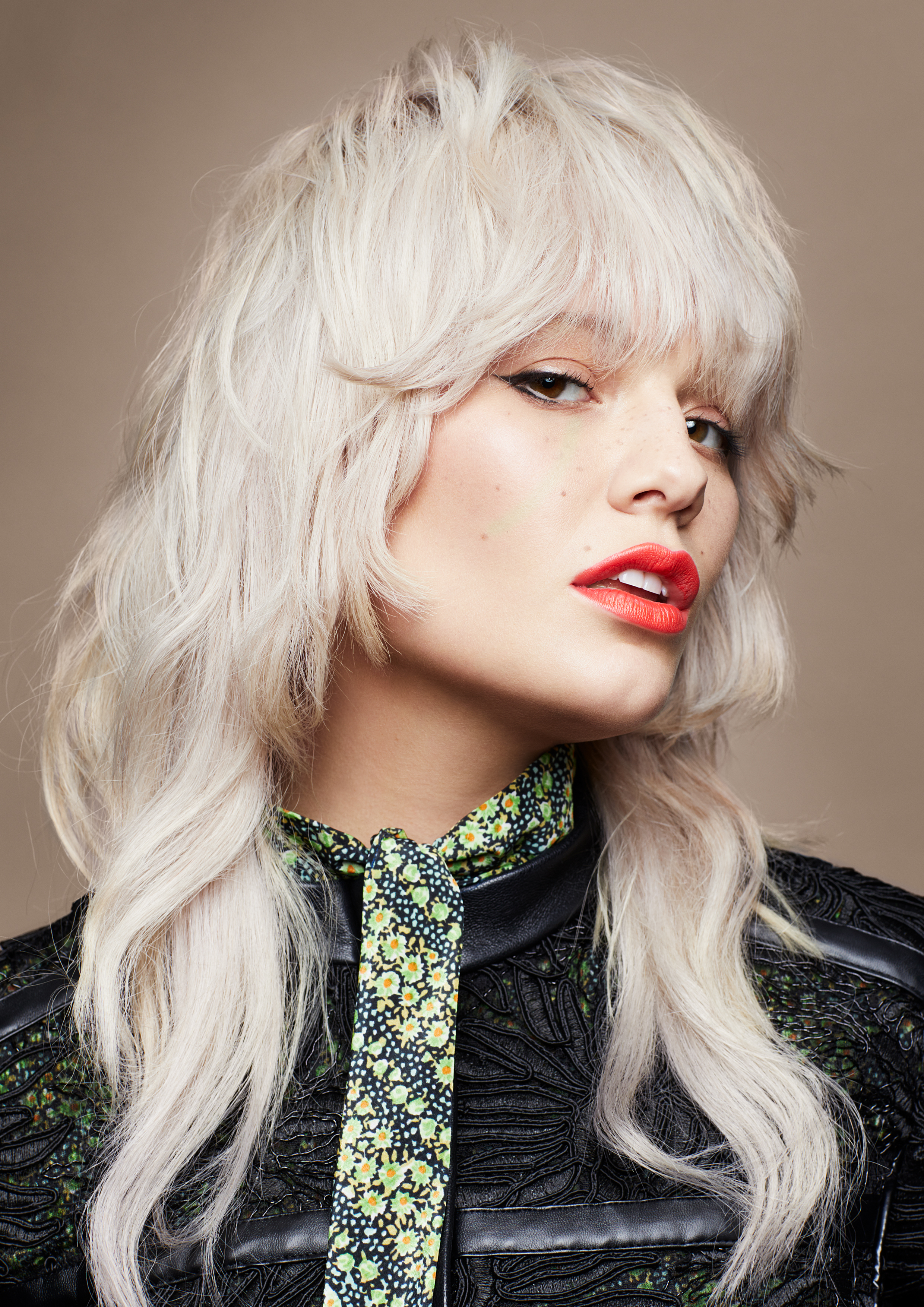 <p>Ensure the fringe is soft and feminine with plenty of movement through the back.</p>