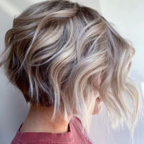 Emily Boulin (@emilyboulinhair) gave this client just right amount of texture for summer.