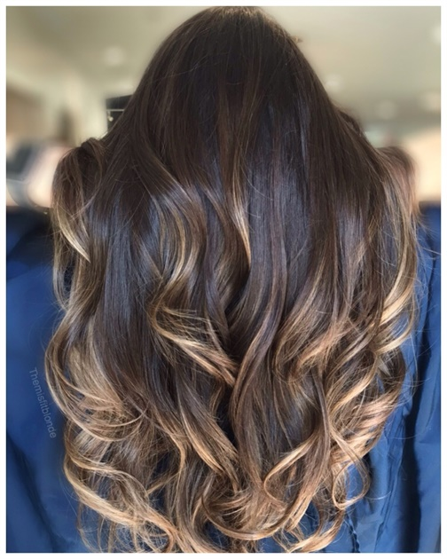 How-To: The Ultimate Blowout with Bouncy Curls