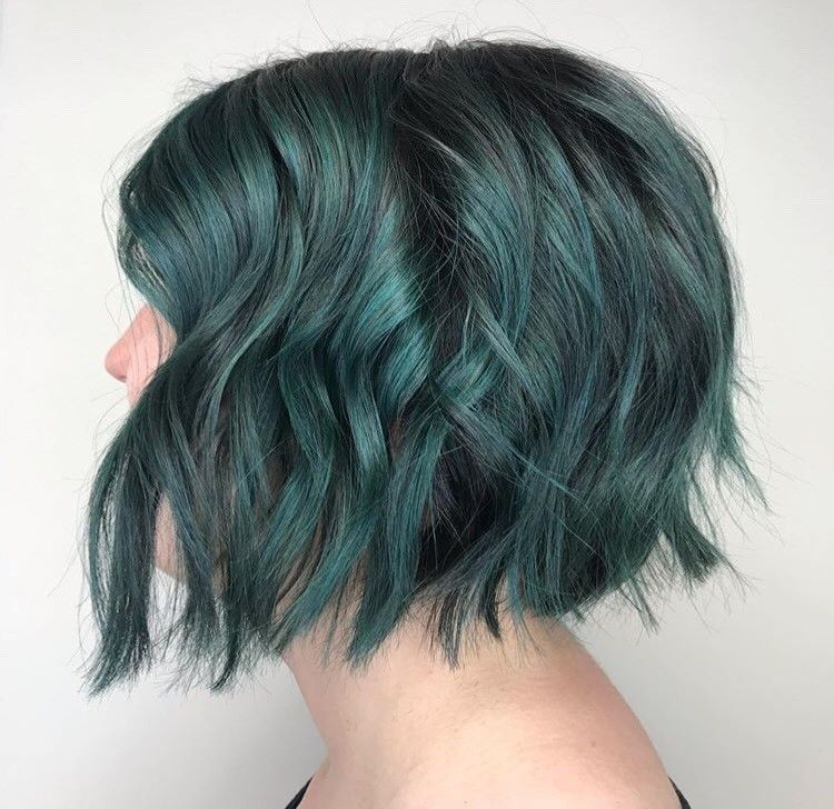 <p>Major mermaid vibes courtesy of Megan Gill (@thehairmegician)</p>