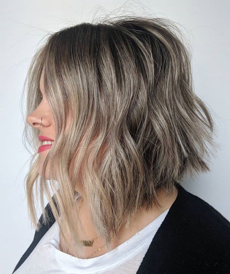 <p>We are in (lob) LOVE with this textured look by Shanon Diflippo (@sdifilippohair)</p>