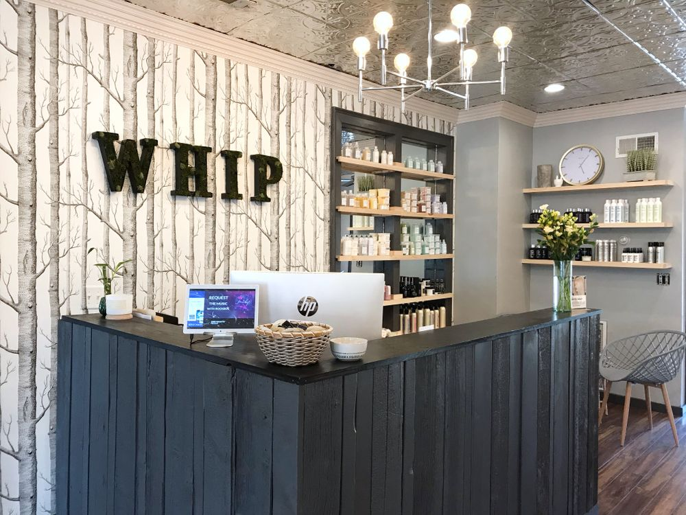 <p><strong>In addition to solid management systems and vendor partnerships, Whip Salon offers owners a strongly identifiable brand that&rsquo;s energetic, edgy and stylish.</strong></p>