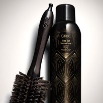 Introducing Oribe Très Set Structure Spray