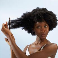 Oribe Introduces Run-Through Detangling Shampoo