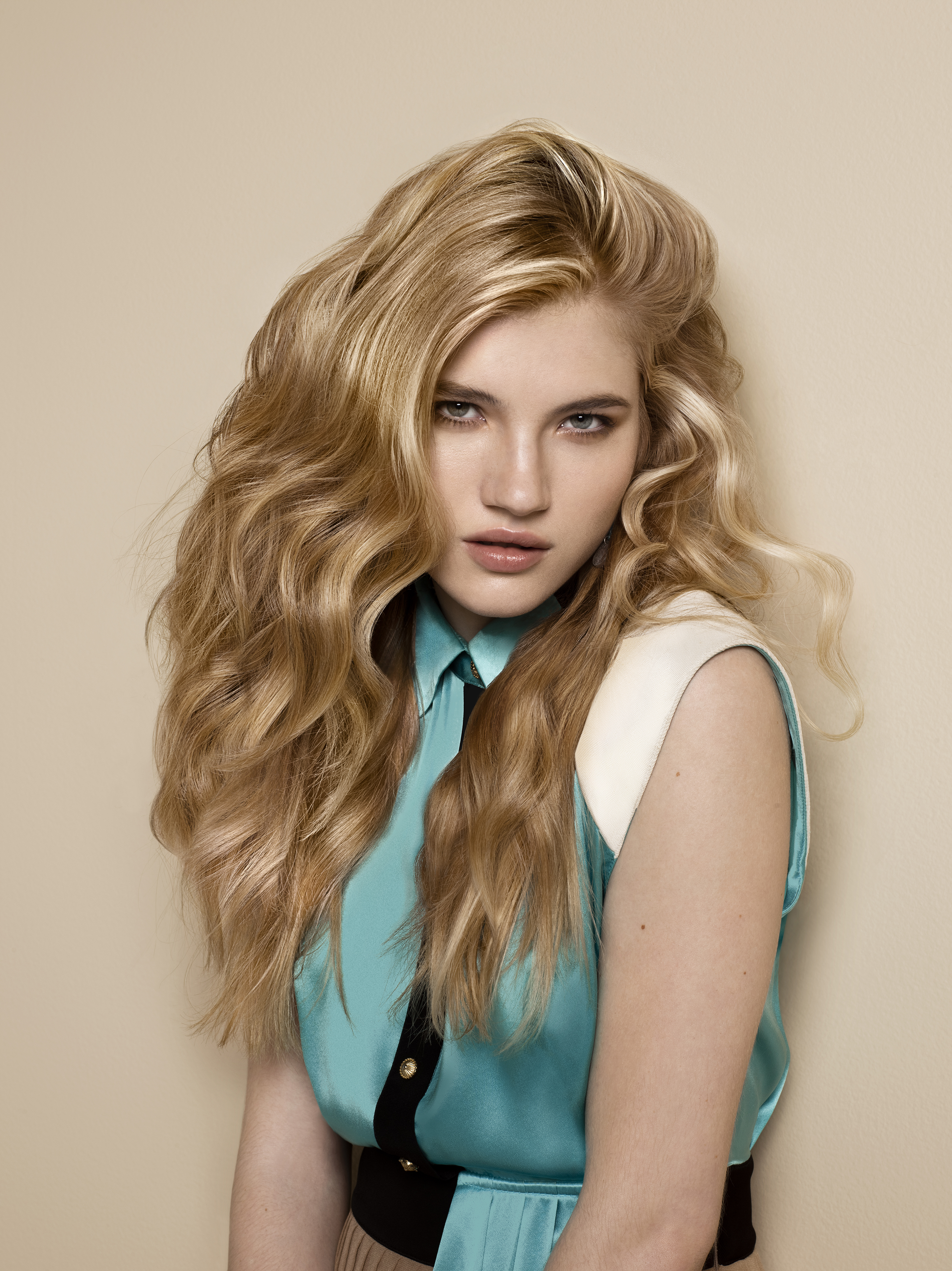Hair Color How-To: Warm Honey Blonde