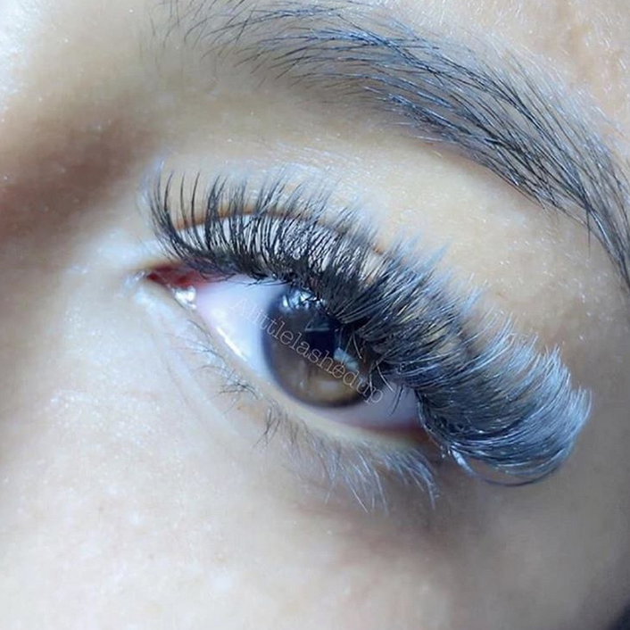 <p><strong>Who says lashes have to be black? Colored lashes offer all kinds of cool effects, like this &ldquo;Frozen&rdquo; vibe. Lashes @alittlelashedup, @gladlash</strong></p>