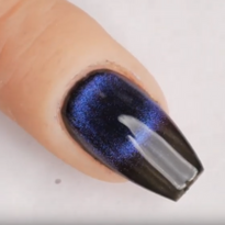 How to Create a Black Hole Effect With 9D Cat Eye Gel-Polish