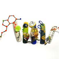 NTNA S. 7 Challenge 3: Chemistry Nail Art (Ilona)