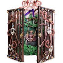 NTNA S. 7 Challenge 1: Garden Gate Nail Art (Kelsey)
