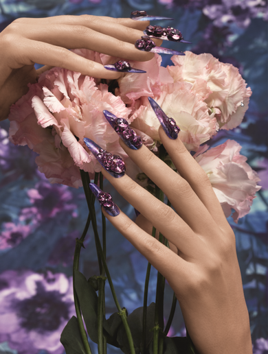 Nails by Yoko Sakura based on Extravagant Brilliance using new crystal color, Iris