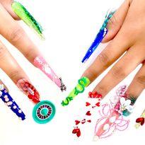 NTNA S. 7 Challenge 4: Flashy Vegas Nail Art (Giselle)