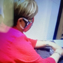 Texas Mayor Visits Nail Salon During Shut Down