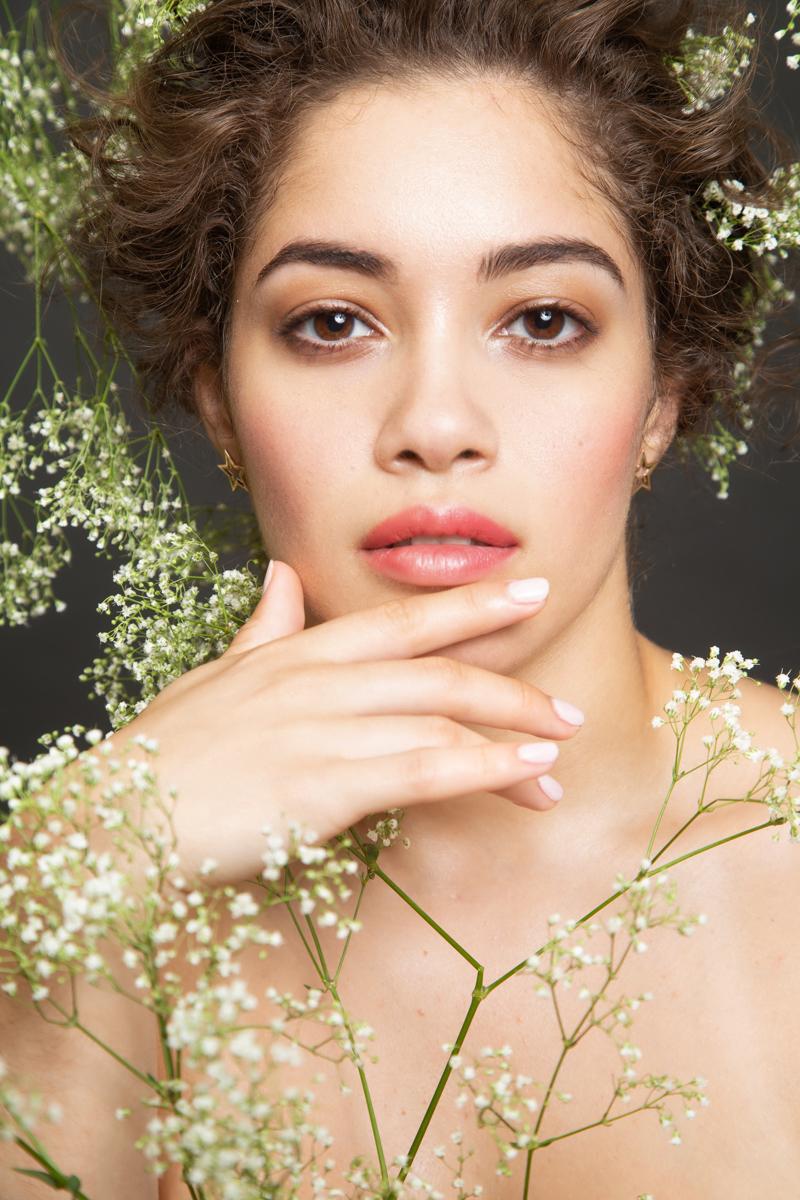 Celebrity Manicurist Naomi Gonzalez-Longstaff Launches Polish Line