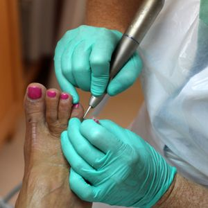 What To Do — And Not To Do — If You Nick A Client's Foot