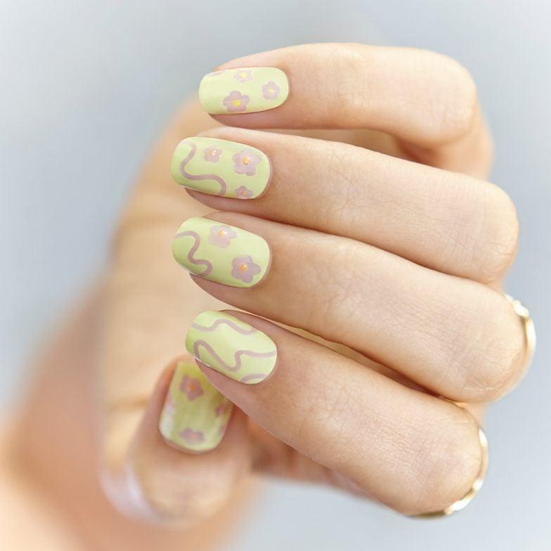 <p>La Fleur,&nbsp;Designed by Michelle Won</p>