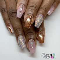 Day 322: Elegant Gold Nail Art