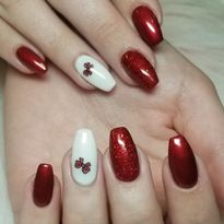 Day 327: Little Holiday Bow Nail Art
