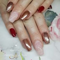 Day 333: Rose Gold Nail Art