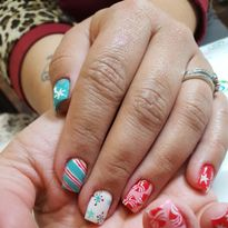Day 335: Christmas Candy Nail Art
