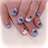 Day 338: Cute Snowman and Mitten Nail Art