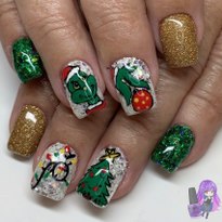 Day 353: Grinch and Wreath Nail Art