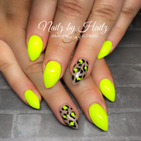 Day 232: Neon Accent Nail Art