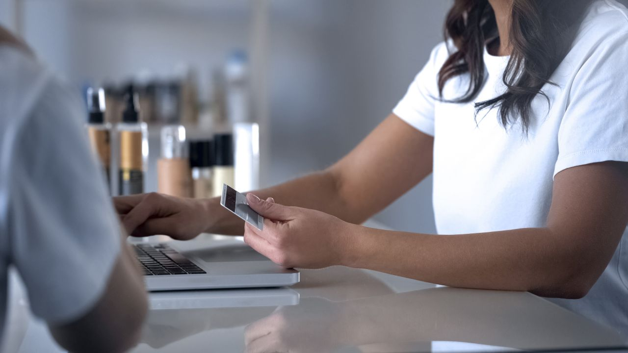 How Can a Salon POS System Help Me Manage My Beauty Business?