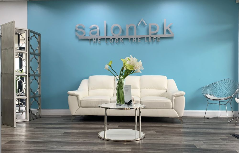 <p>D&eacute;cor, stylist image, tools and products are all part of the package for <strong>Salon PK</strong> in Jacksonville, FL.</p>