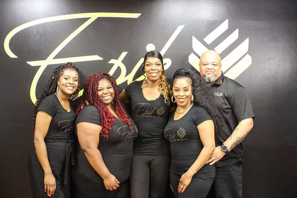 <p>The team from Epik Hair in Rochester, New York.</p>