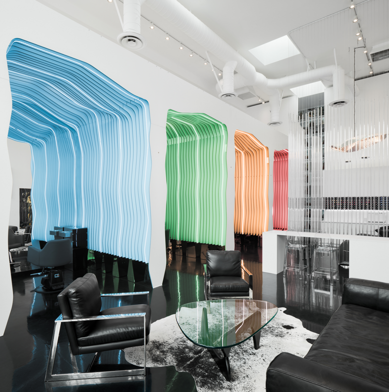 <p>At Starring by Ted Gibson in Los Angeles, guests can set their own preference for colored lighting within their semi-private styling cloud.&nbsp;</p>