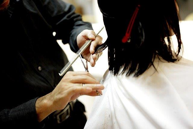 5 Reasons Why Investing in a Salon Franchise May be Right for You