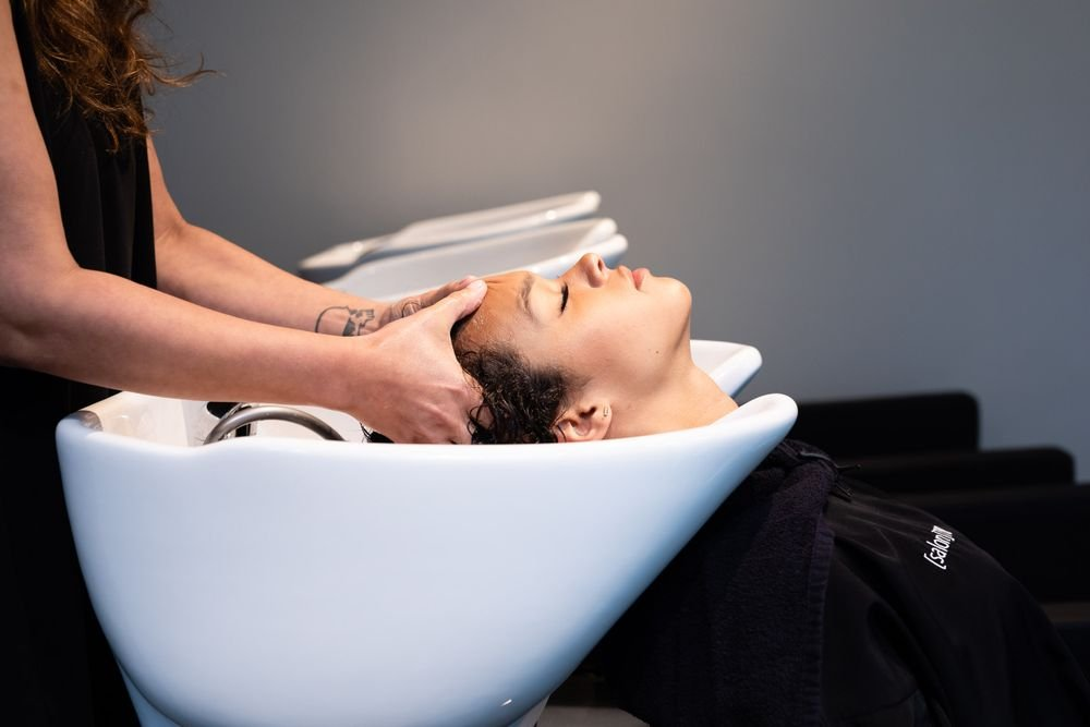 <p>There are no treatment rooms in the salon.&nbsp;The space consists of six stylist stations, one makeup station, three wash stations and a Color Station and Play Station.</p>