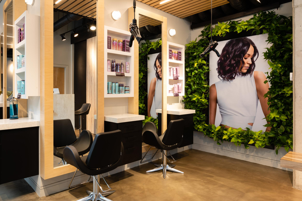 <p>A living wall adds to the natural element of the salon. Owner Michaella Blissett Williams wanted to draw from the natural and sustainable elements of the 1 Hotel Brooklyn Bridge.&nbsp;</p>