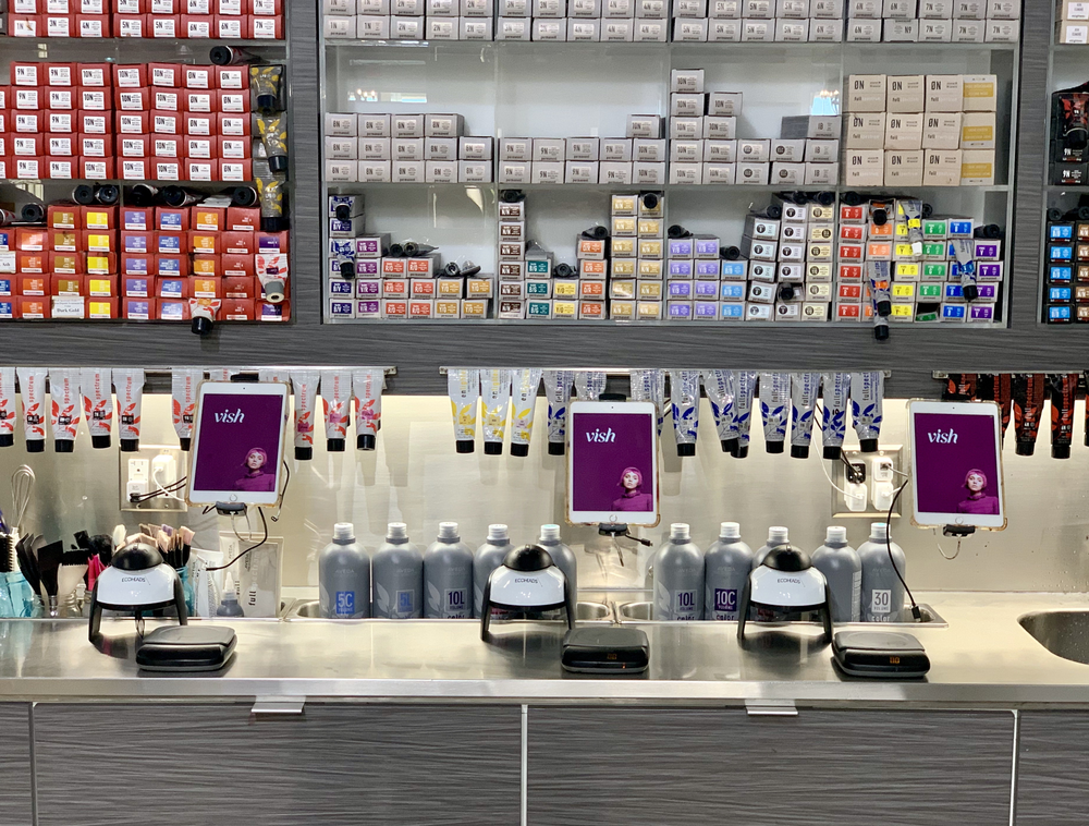 <p>A salon&#39;s color room setup with Vish and Ping.&nbsp;</p>