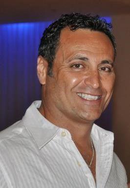 Daniel Bouzide  -