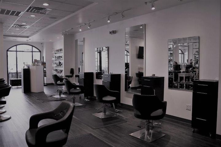 An inside look at Salon Sanity in Gretna, LA.