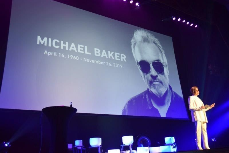 <p>In an emotional opening, Serious Business&rsquo; Debra Neill-Baker remembers her husband Michael Baker, while sharing her need to &ldquo;Reset.&rdquo;</p>