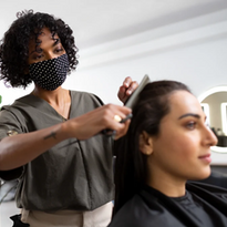 Manage the Summer Salon Rush with These Time and Technology Tips