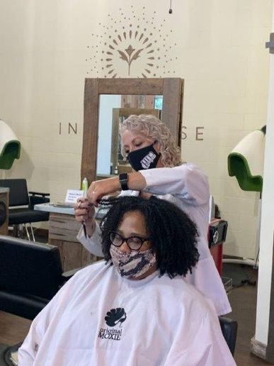Both stylists and clients at Southern Curl in Atlanta love how Self-Pay allows contactless chairside checkout, since credit cards numbers are stored and clients only touch their phones.   -