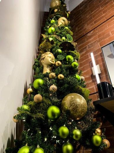 Festive decorations with an artistic twist delight clients this season at Blu. 