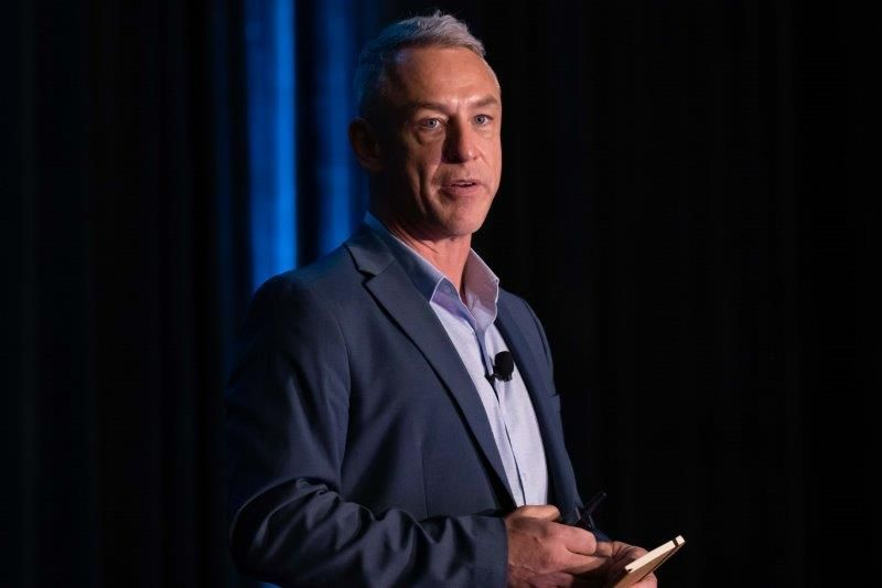 <p>Vish&#39;s Tim Howard breaks down the financials of color services.&nbsp;</p>